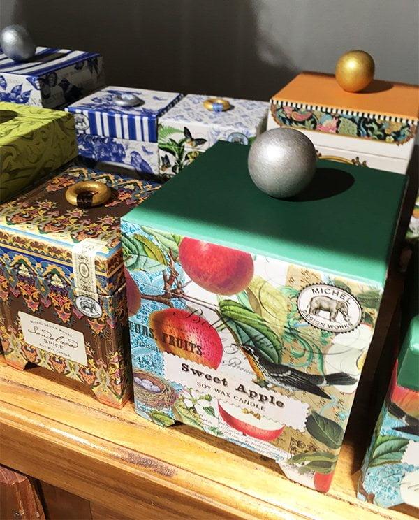Michel Design Works Duftkerzen, erhältlich bei Schminkbar Zürich (Image by Hey Pretty)