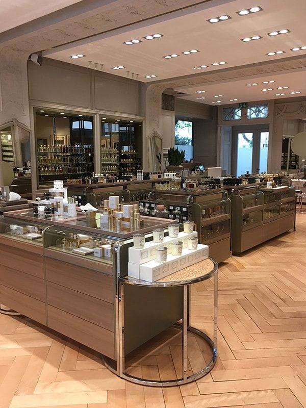 Interior der Parfumerie Spitzenhaus Zürich: Shop Love auf Hey Pretty