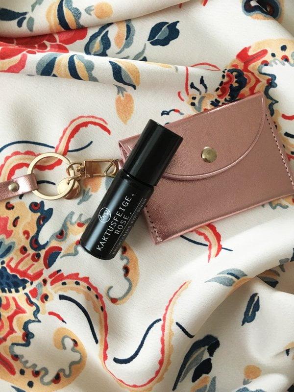 bepure Brightening Eye Serum: Produktereview und Augenmassage-Tutorial auf Hey Pretty Beauty Blog