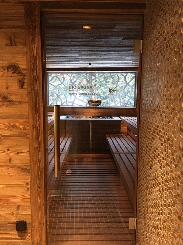 Sauna im Spa des Valsana Hotel Arosa (Image and Review by Hey Pretty)
