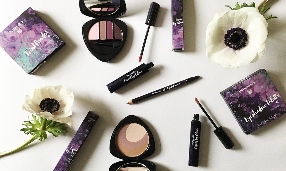 Dr. Hauschka Spring Look 2018: Purple Light – Review and Image by Hey Pretty Beauty Blog (Organic Make-Up)