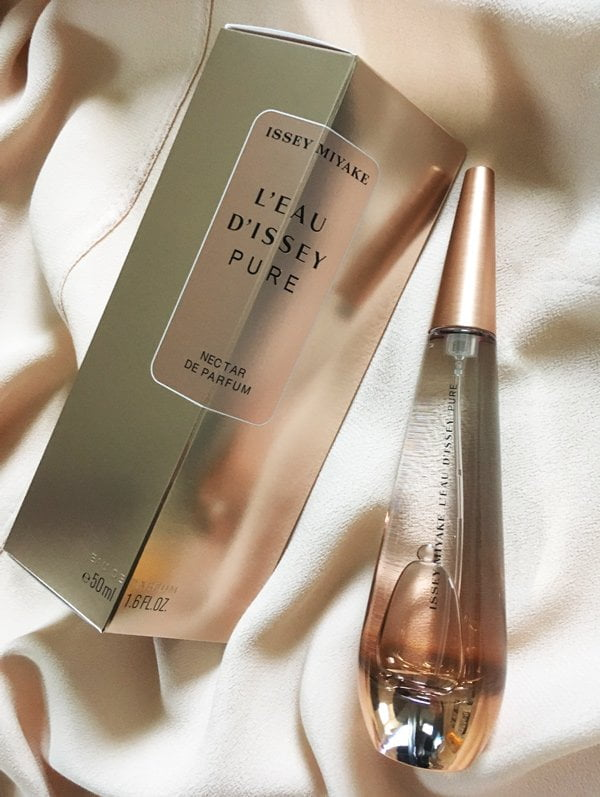 Issey Miyake L'Eau d'Issey Pure Nectar de Parfum (Image and Review by Hey Pretty)