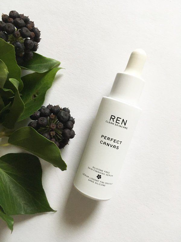 REN Perfect Canvas Silicone Free Skin Finishing Serum (Review auf Hey Pretty)