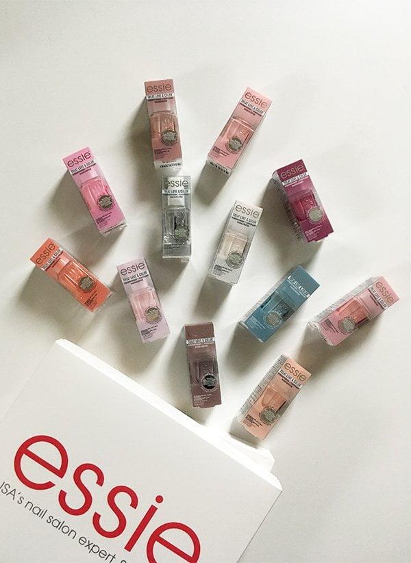 Verlosung Super-Set Essie Treat Love & Color, alle 12 Farbtöne, Hey Pretty Beauty Blog