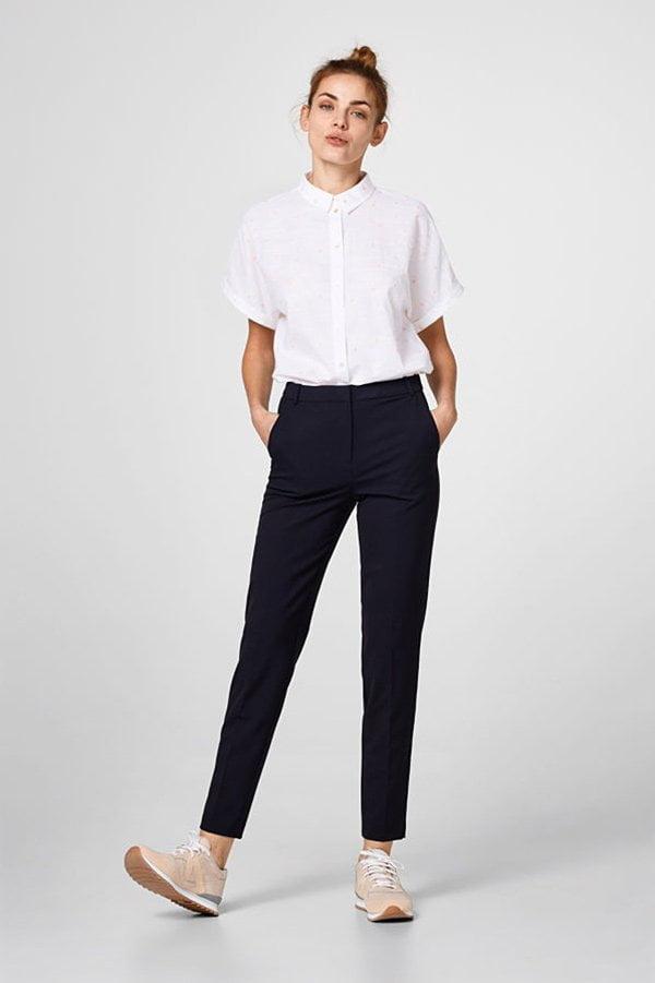 Schwarze Hose von Esprit –10 Mode-Must-Haves für jede Frau auf Hey Pretty