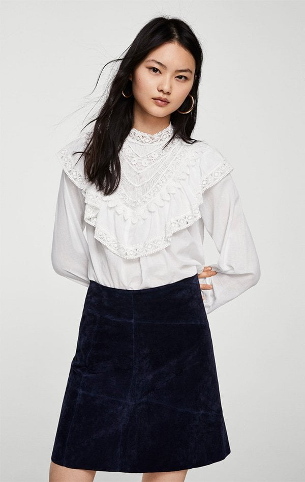 Weisse Bluse mit Spitzenvolants von Mango –10 Mode-Must-Haves für jede Frau auf Hey Pretty