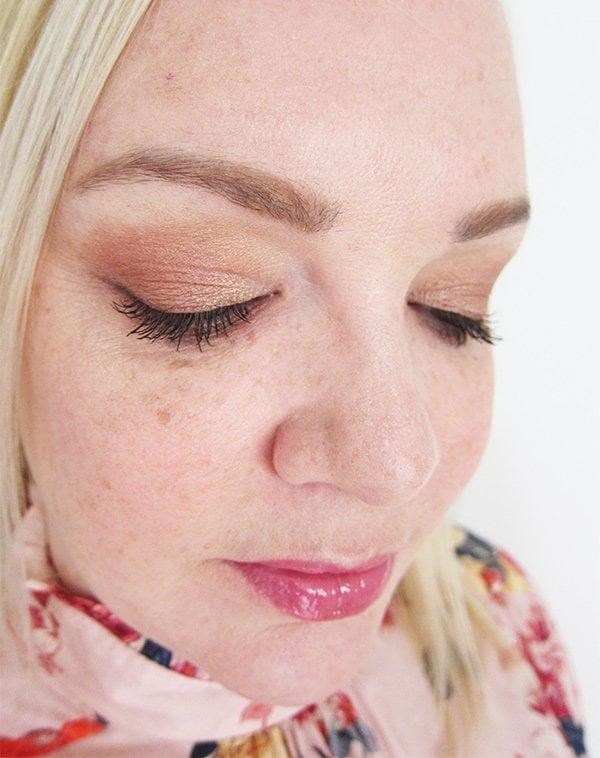 Pixi Spring 2018 Make-Up Look by Hey Pretty: 3D Eye Shadow Palette, Glow-y Gossamer Duo und Liplift Max