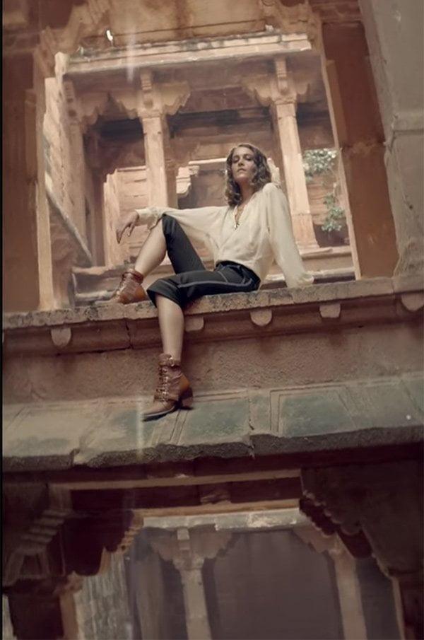 Chloé Nomade Eau de Parfum (PR Still aus dem YouTube-Clip von Fleur Fortuné), Review auf Hey Pretty