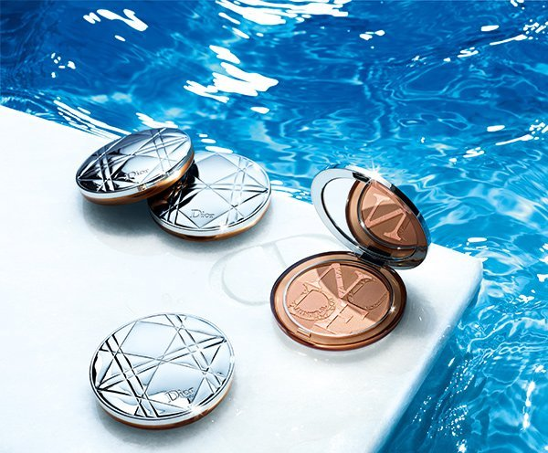 Dior Summer Look 2018 Cool Wave: PR Image Diorskin Mineral Nude Compacts (Review on Hey Pretty)