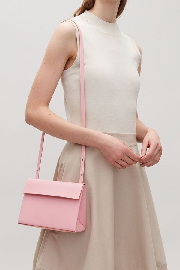 Sommertaschen 2018: COS Structured Leather Bag in Rosa (Hey Pretty Fashion Flash)