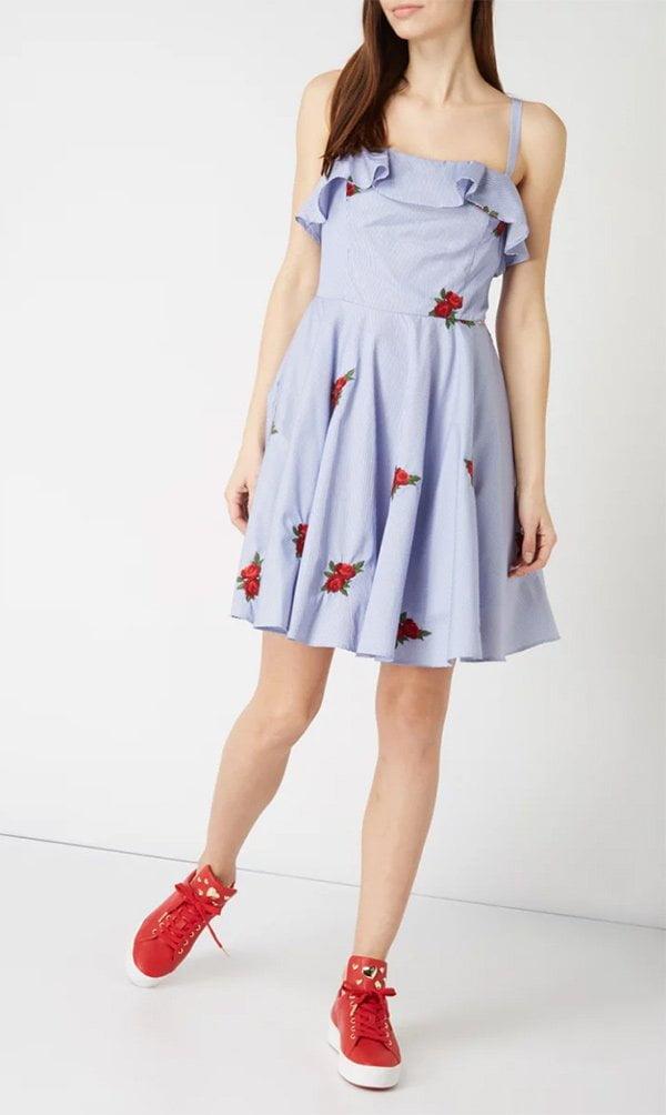 Guess Ciara Blumenkleid bei Peek & Cloppenburg (Hey Pretty Fashion Flash: Romantische Sommerkleider) 2018