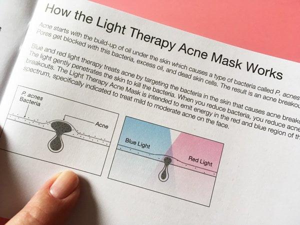 Gebrauchsanweisung (UK Version) für die Neutrogena Visibly Clear Anti-Akne Lichtherapie Maske: Erfahrungsbericht auf Hey Pretty