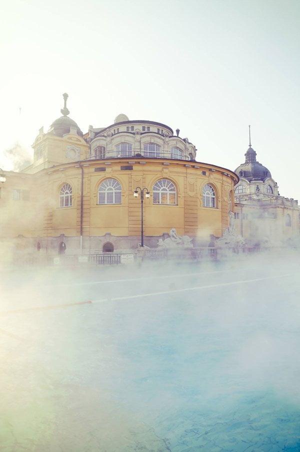 Brand Love: Omorovicza Skincare auf Hey Pretty (PR Image: Thermalbad in Budapest, Copyright: Omorovicza)