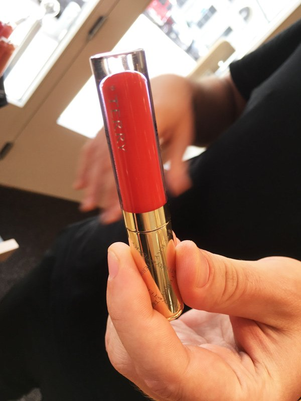 By Terry Terrybly Velvet Rouge in INGU (Image and Review by Hey Pretty)