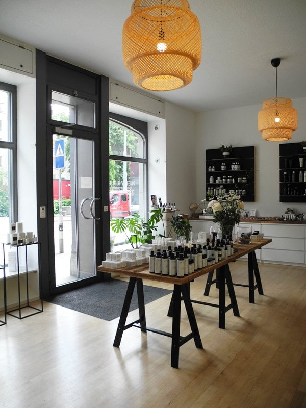 Pretty & Pure Spa and Store Review and Pictures by Hey Pretty Beauty Blog