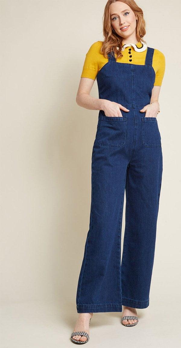 That Seventies Swank Jumpsuit in Dark Wash von Modcloth (Hey Pretty's liebsten Jumpsuits im Fashion Flash)