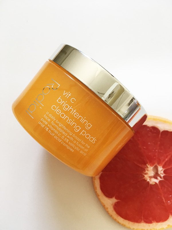 Rodial Vit C Brightening Cleansing Pads (Bild und Review: Hey Pretty Beauty Blog)