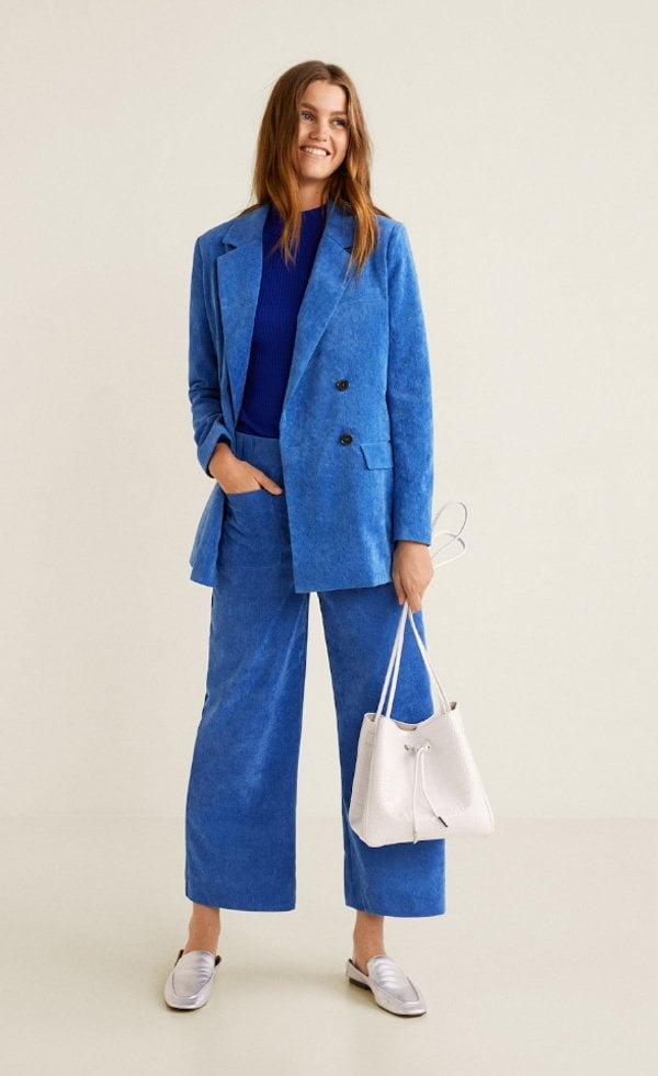 Herbstmode, endlich! Samtcord-Anzug in Blau von Mango (Hey Pretty Fashion Flash FW 2018)