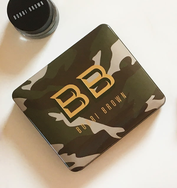 Bobbi Brown Camo Luxe Eye & Cheek Palette (Closed): Image by Hey Pretty Beauty Blog