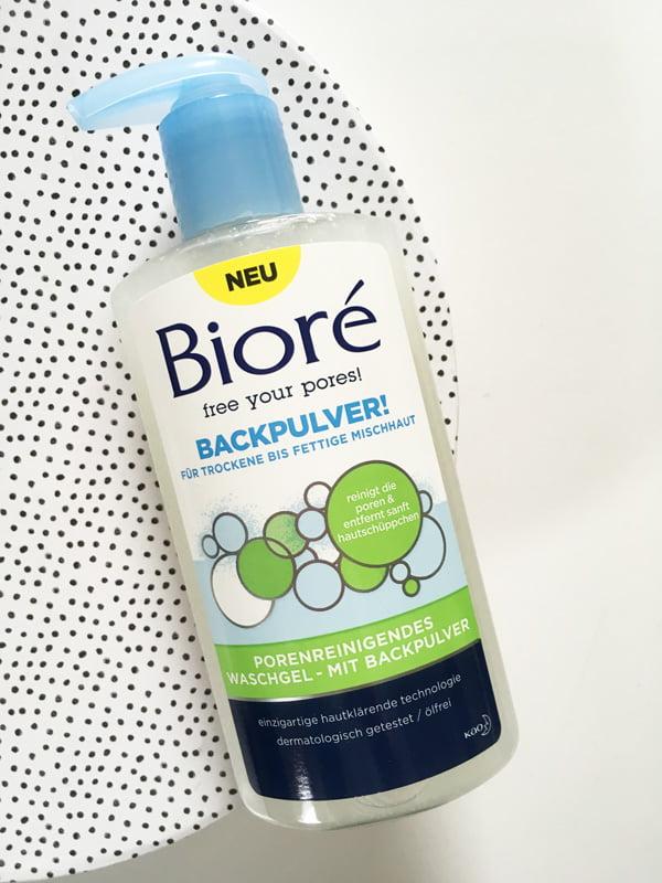 Erfahrungsbericht Bioré Porenreinigendes Waschgel mit Backpulver (Hey Pretty Beauty Blog)
