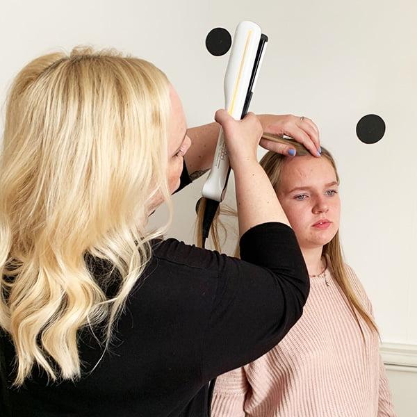 Haare glätten mit dem L'Oréal Steampod: Step Seven (Hey Pretty Beauty Blog Erfahrungsbericht)