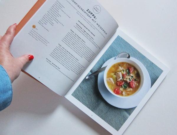 Detailbild aus «Alle an einen Tisch» von Sebastian Hoffmann, (GU Verlag 2018), Image Copyright: GU Verlag – Kochbuch-Liebe auf Hey Pretty