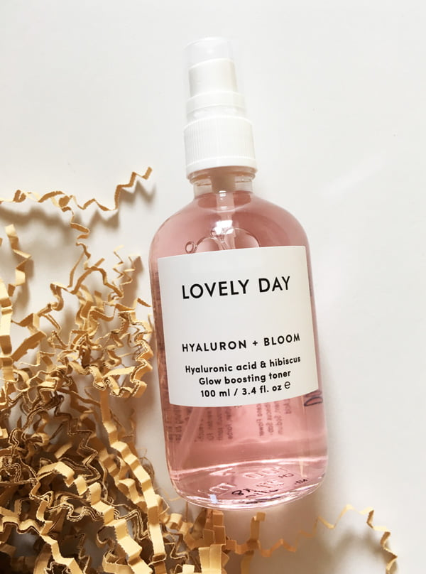 Lovely Day Hyaluron + Bloom Glow Boosting Toner (Review und Brand Love auf Hey Pretty)
