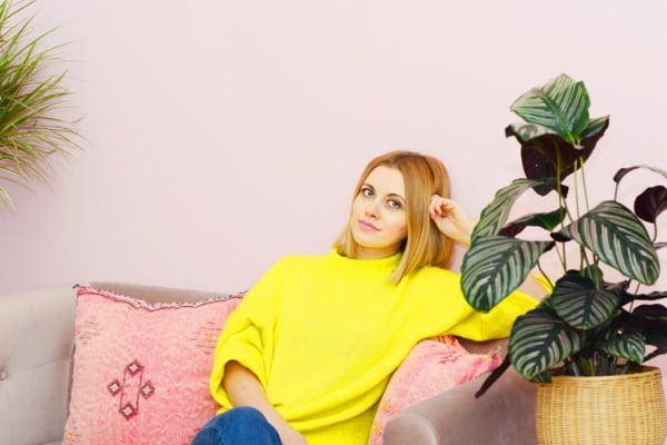 Lovely Day Botanicals-Gründerin Josy Förster (PR Image) – Brand Love auf Hey Pretty Beauty Blog