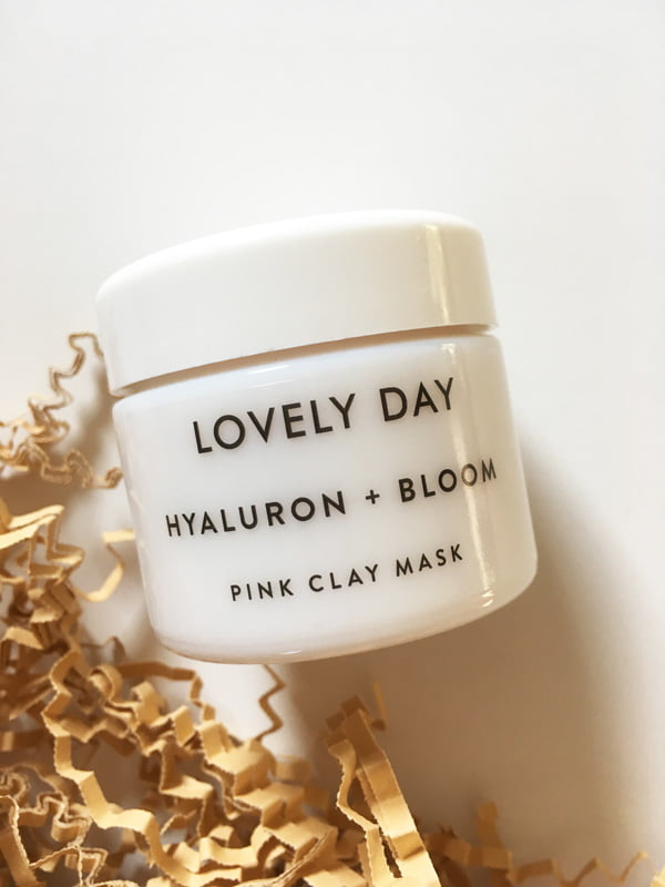 Lovely Day Hyaluron + Bloom Pink Clay Mask (Image and Review by Hey Pretty) – Organic Beauty Brand aus Berlin