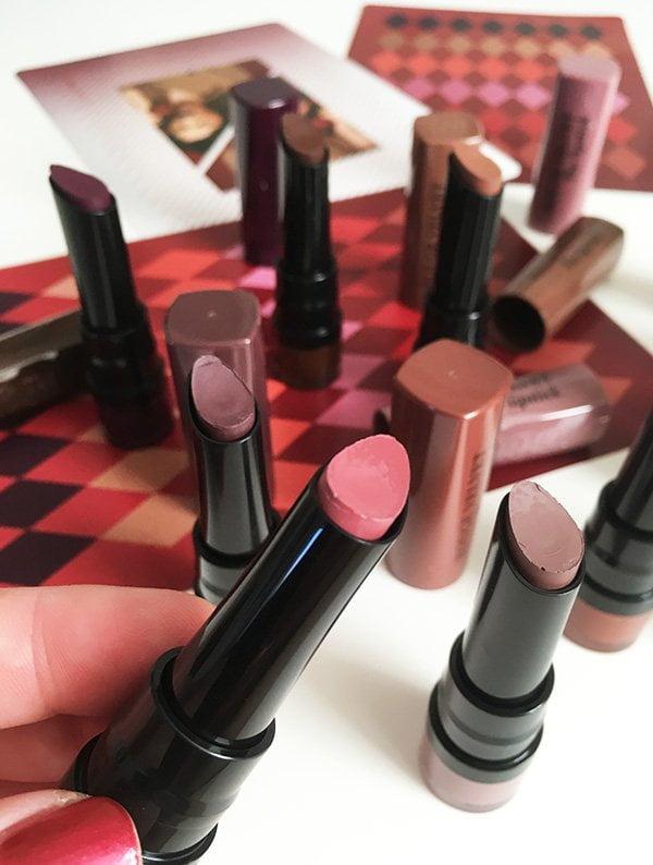 Bourjois Rouge Velvet The Lipstick «Fall in Love» Press Kit (Erfahrungsbericht und Swatches auf Hey Pretty)
