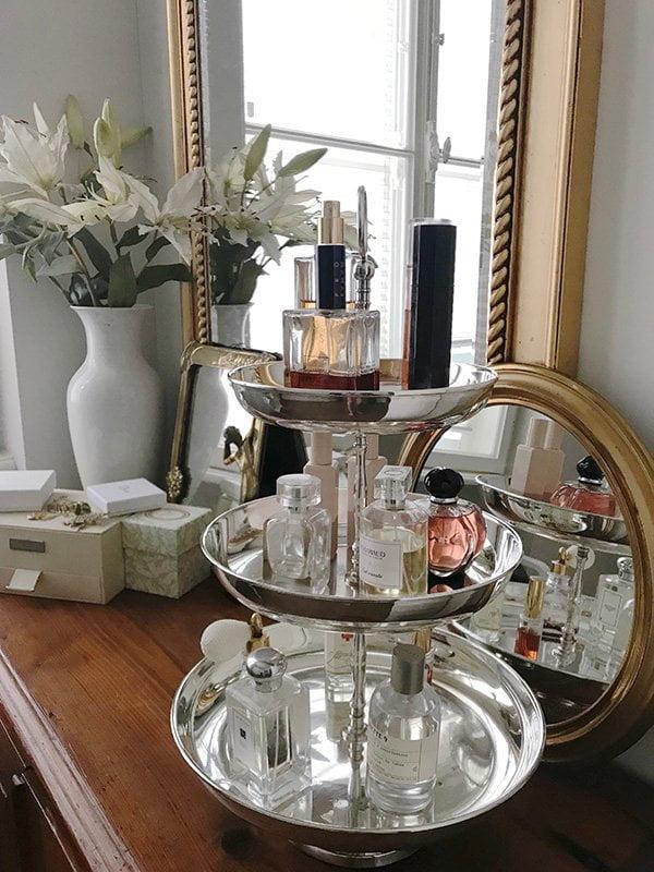 Show Me Your Badezimmerschränkli mit Katrin Roth von Sonrisa.ch – Lieblingsdüfte (Hey Pretty Beauty Blog)