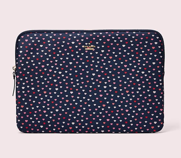 Schicke Laptop Hüllen auf Hey Pretty: Kate Spade Lips Laptop Case