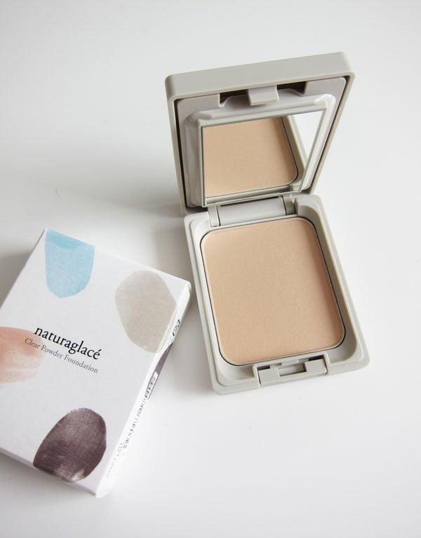 Naturkosmetik aus Japan, neu in der Schweiz erhältlich: Naturaglacé Clear Powder Foundation (Hey Pretty Erfahrungsbericht)