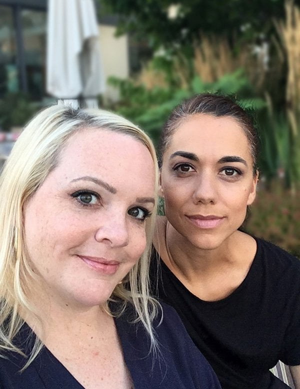 Steffi & Nadja, uu schön (LouMalou – entspannt kochen Review auf Hey Pretty)