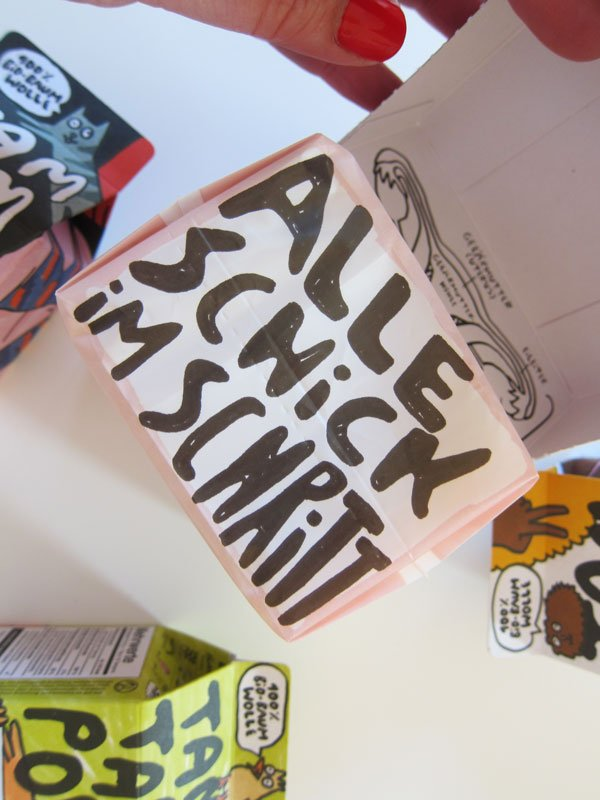Alle schick im Schritt? Verpackungs-Detail der Einhorn Slipeinlagen (Hey Pretty Beauty Blog)