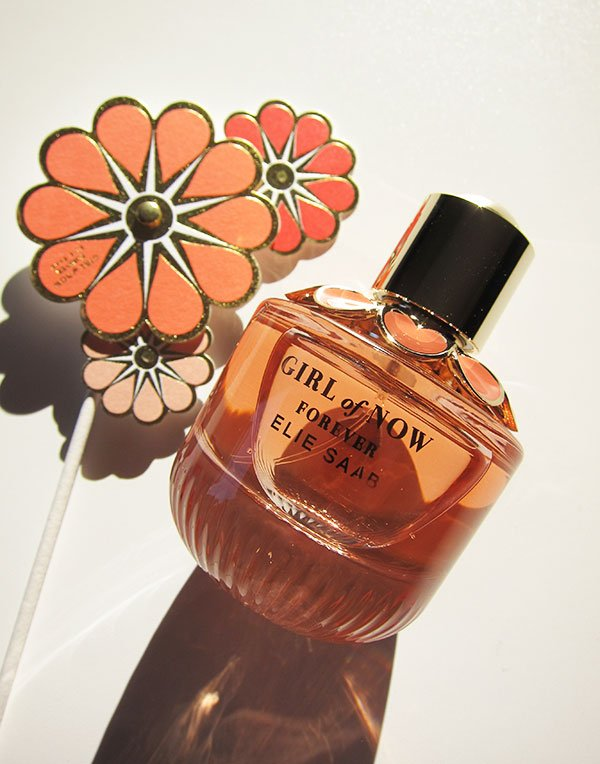 Elie Saab Girl of Now Forever Eau de Parfum: PR Visual Models – Erfahrungsbericht auf Hey Pretty