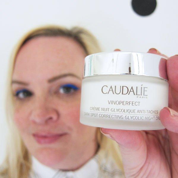 Caudalie Dark Spot Correcting Glycolic Night Cream (Review auf Hey Pretty Beauty Blog)
