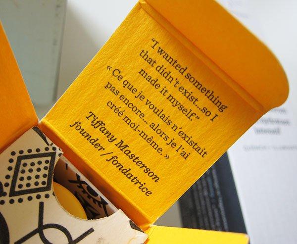 Closeup des Packaging von Drunk Elephant Hautpflege (Hey Pretty Beauty Blog Schweiz Erfahrungsbericht)