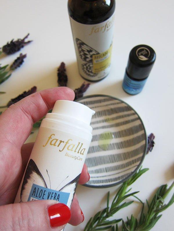 Farfalla Aloe Vera Gel – DIY Rezept von Hey Pretty X Farfalla: Die entspannende Overnight Mask mit Lavendel (Hey Pretty)