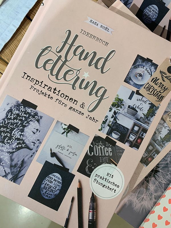 Sasa Noël: Ideenbuch Handlettering (AT Verlag 2018), Review auf Hey Pretty Beauty Blog