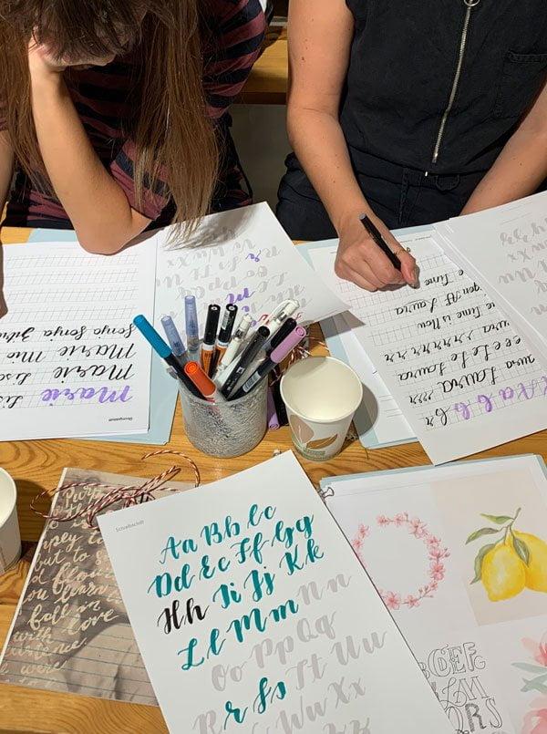 Handlettering Kurs für Anfänger mit Sasa Noel bei Changemaker Zürich