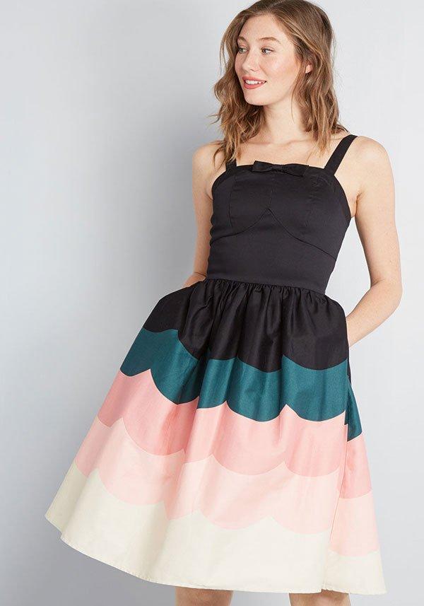 Wave Hello Fit and Flare Dress von Modcloth – Hübsche Kleider für Hochzeitsgäste 2019 auf Hey Pretty
