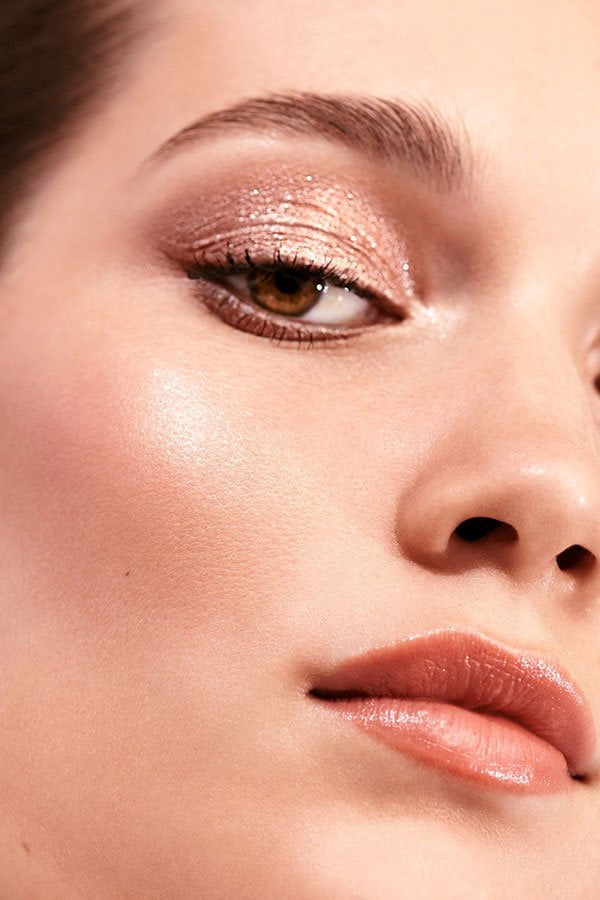 Model Visual Bobbi Brown Beach Metals Collection (Review auf Hey Pretty)