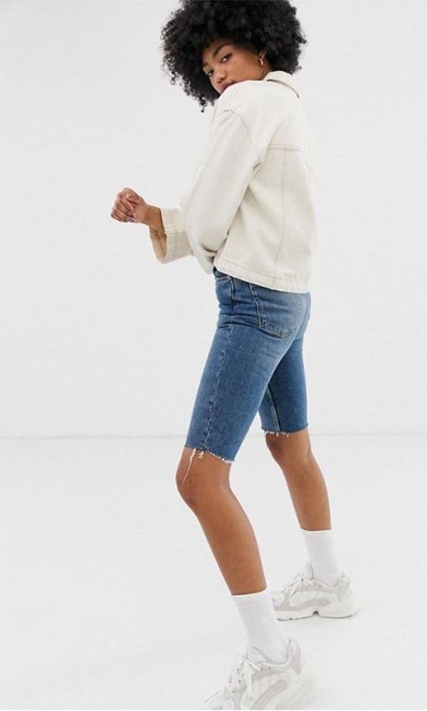 Weekday Denim Jeansshorts knielang (bei ASOS) – Hey Pretty Fashion Flash