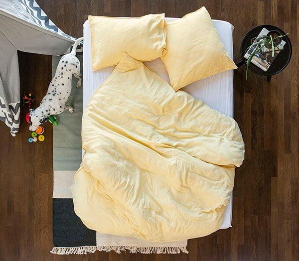 Leinenbettwäsche von Lavie aus der Schweiz (Hey Pretty's Hitzewelle Must-Haves zum cool bleiben), PR Image #lavie