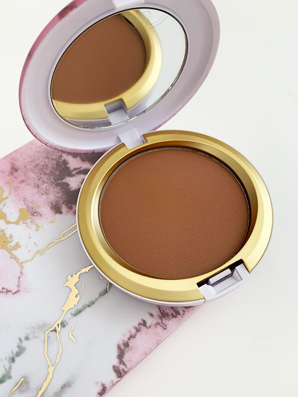 MAC Electric Wonder (Sommer 2019 Collection), Next to Nothing Bronzing Powder in Sun-Soaked Strip – Hey Pretty Beauty Blog