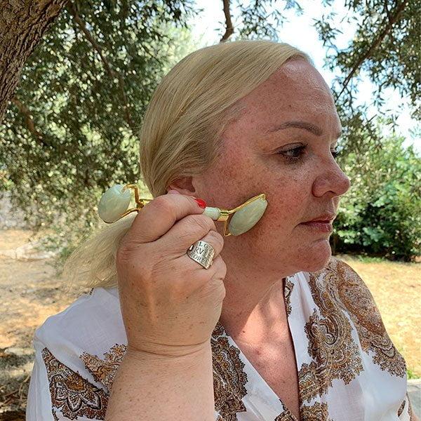 So geht die Gesichtsmassage mit dem Jade Roller: Das Hey Pretty Tutorial (Step by Step)