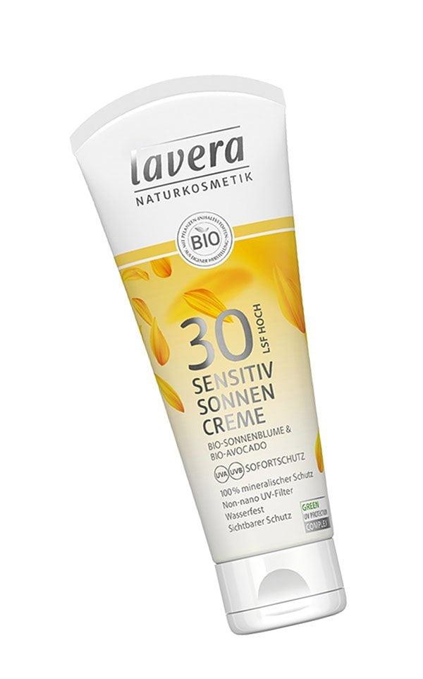 Reef Safe Sonnencremen auf Hey Pretty: Lavera Sensitiv Sonnencreme LSF 30 (Hey Pretty Roundup von Sonnenschutzprodukten ohne Octinoxat und Oxybenzon)