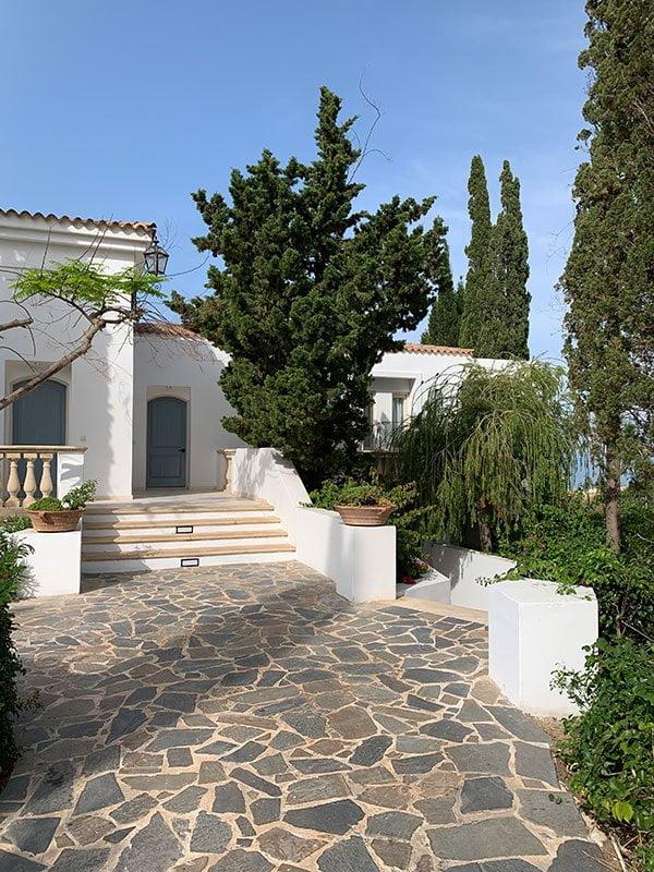 Anassa Resort Zypern: Junior Suite, Aussen (Hey Pretty Beauty Blog Spa Review)