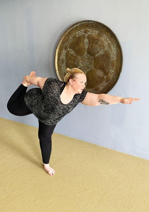 Private yoga class with Shani at Anassa Zypern (Hey Pretty)